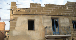 Enderroc d'habitatge a Alguaire